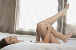 Schöne glatte Beine müssen gepflegt werden