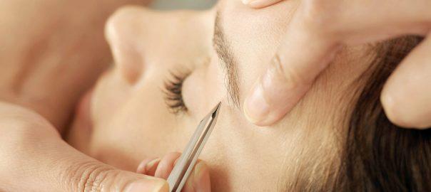 Gesichtshaare möchte man am liebsten entfernen - in diesem Artikel stelle ich verschiedene Methoden zur Entfernung der Haare im Gesicht vor und gebe meine Empfehlung ab.