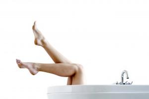Pflege deine Haut und sie wird dich belohnen - nämlich kein eingwachsenen Haare mehr.